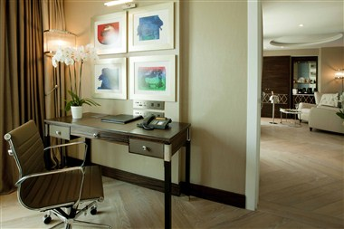 Golden Horn Terrace Suite
