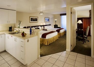 The perfect getaway suites for family!Take it eas