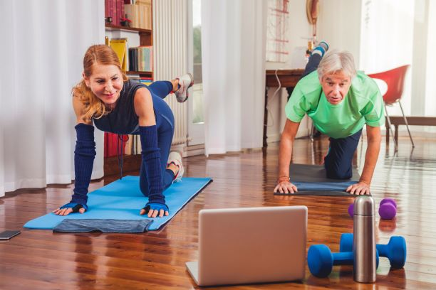 2 Couple working out at home