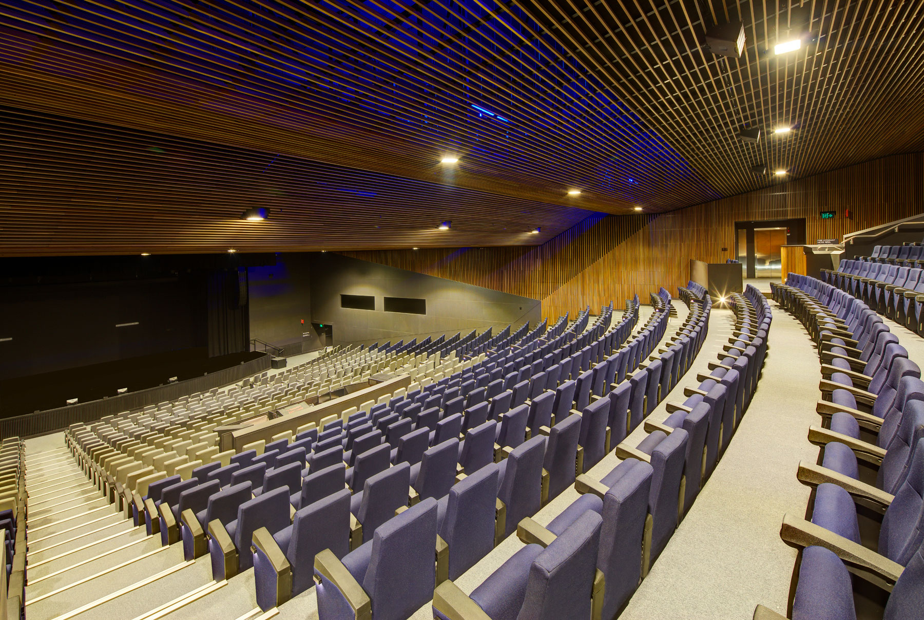 ICC-Sydney_Convention-Centre_Pyrmont-Theatre_resized