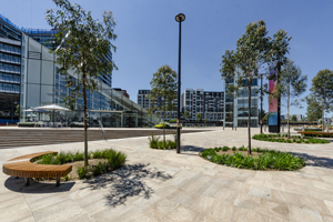 _DSC1998 GS Library Plaza completed_300x200