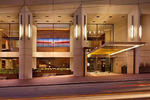 hotel-entrance_300
