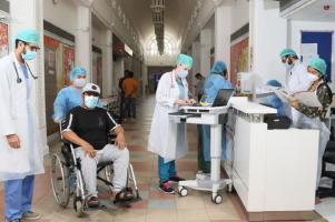UAE Medical students volunteering