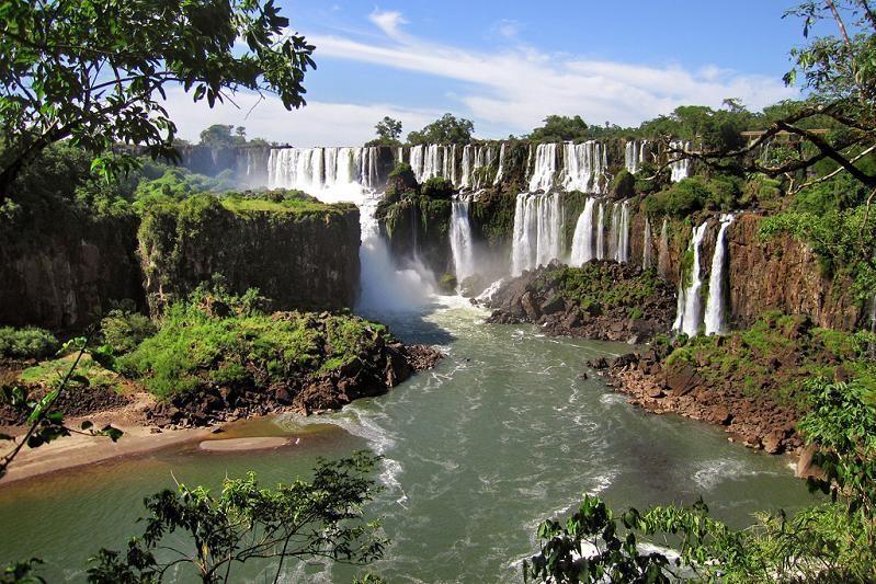 Igauza Falls