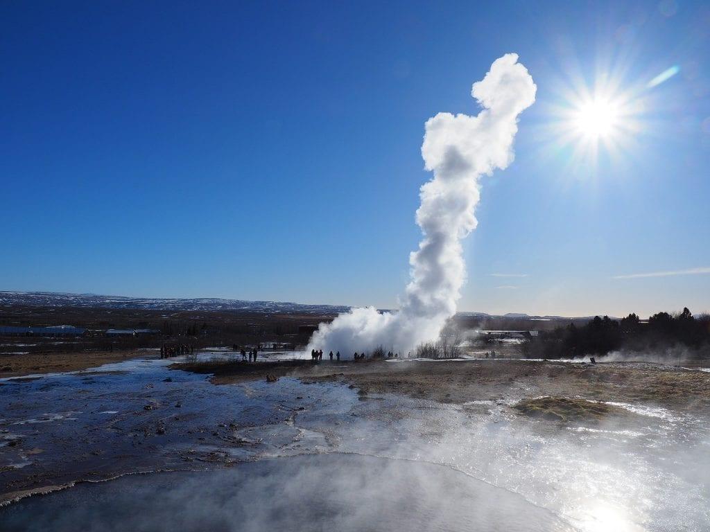 strokkur-geyser-iceland-2-1024x768