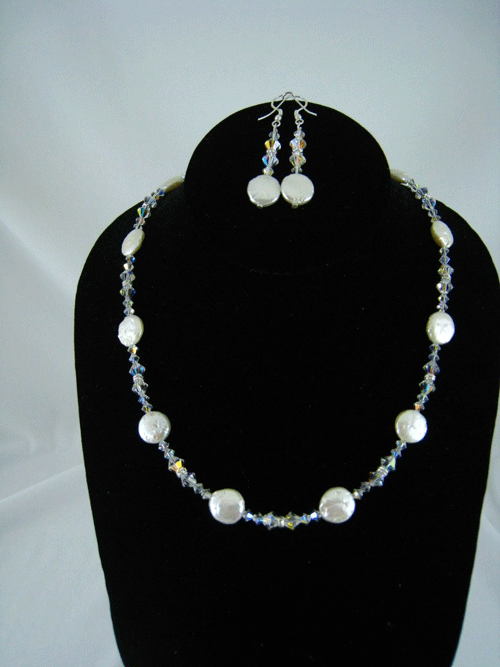 NS505 - Freshwater Pearls and Swarovski crystal ne