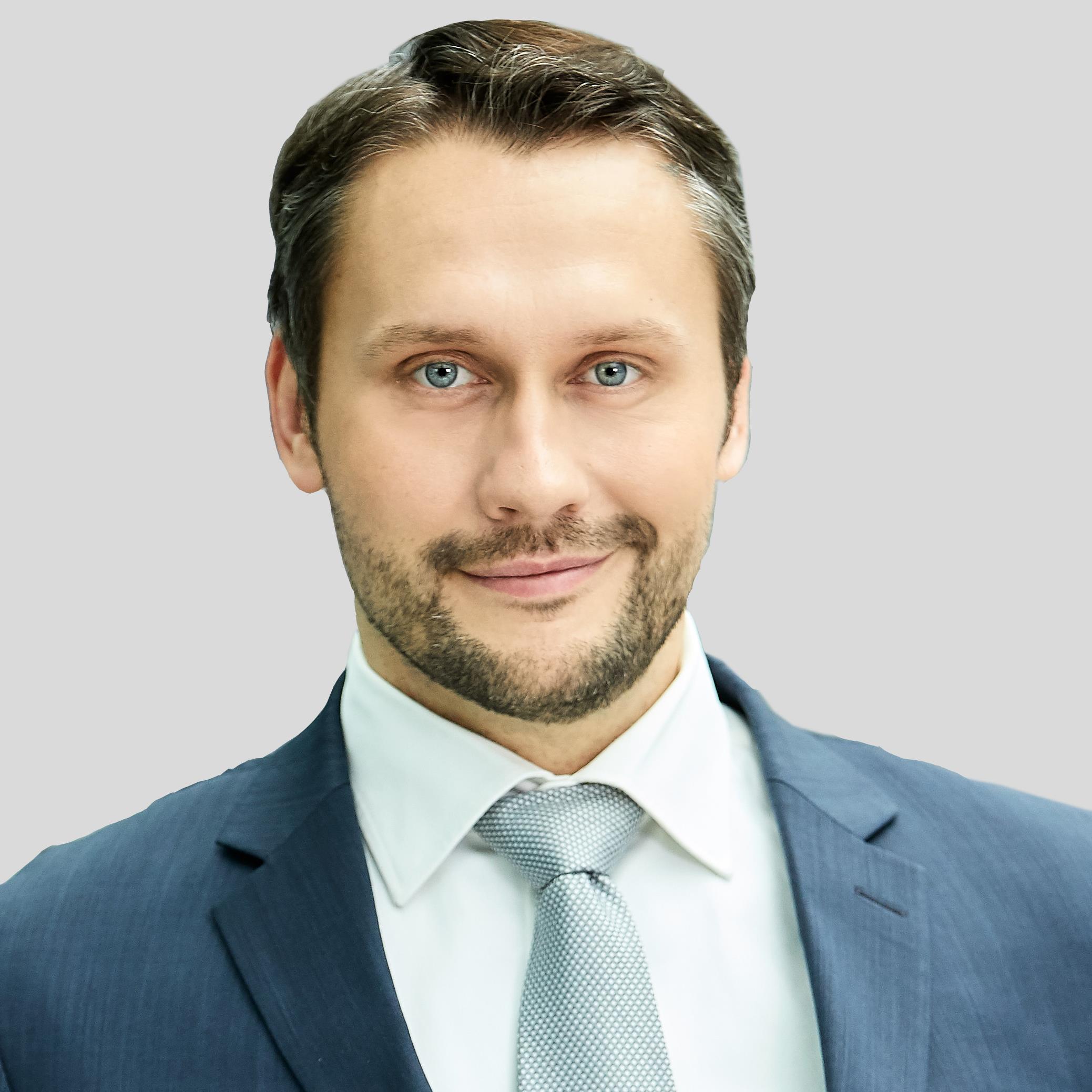 Sergej Epp Plain background.jpg