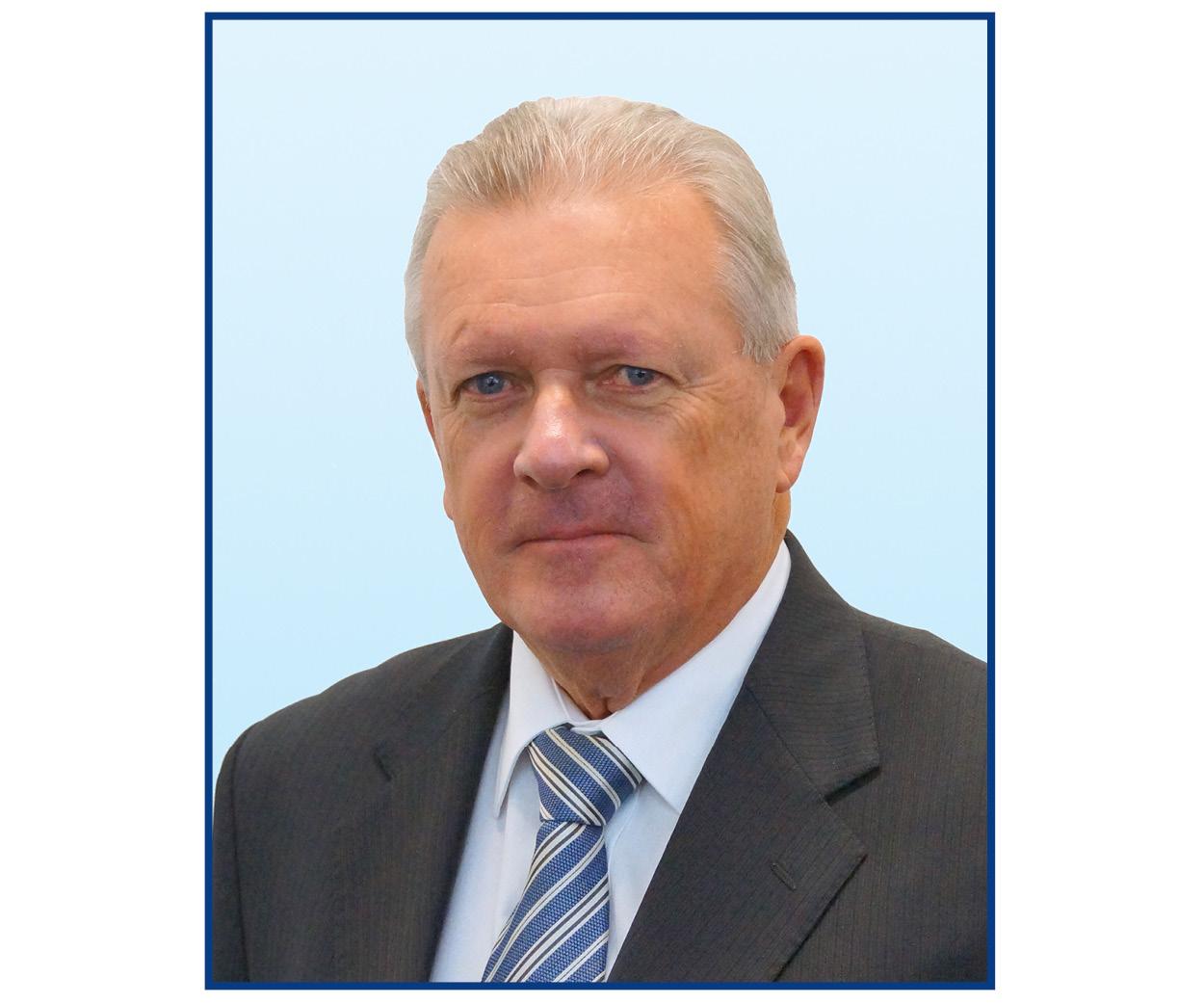 Headshot Peter Dodds