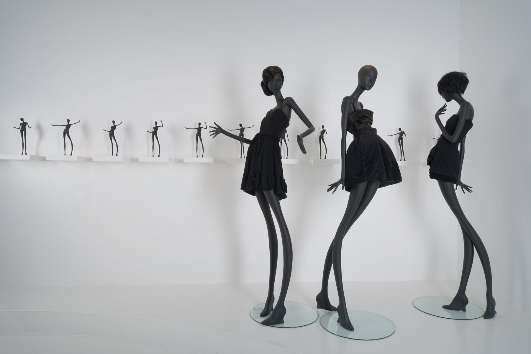 Mannequin I