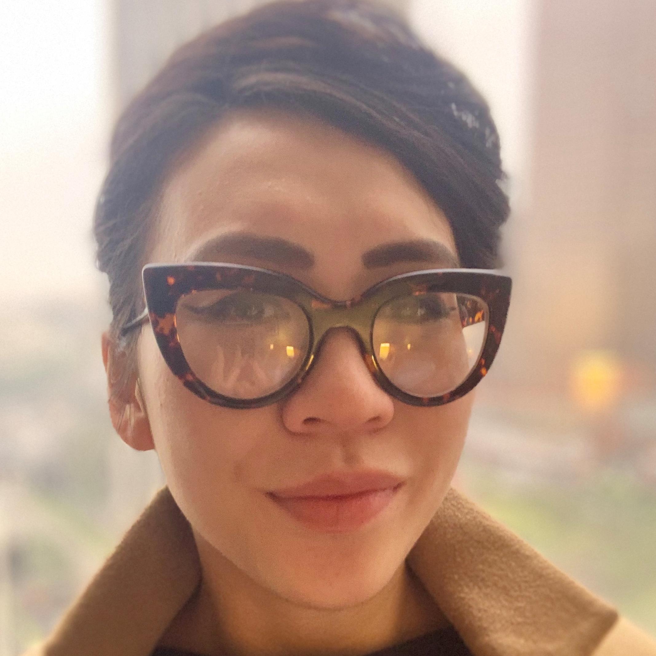 Amy Nguyen_Headshot.jpg