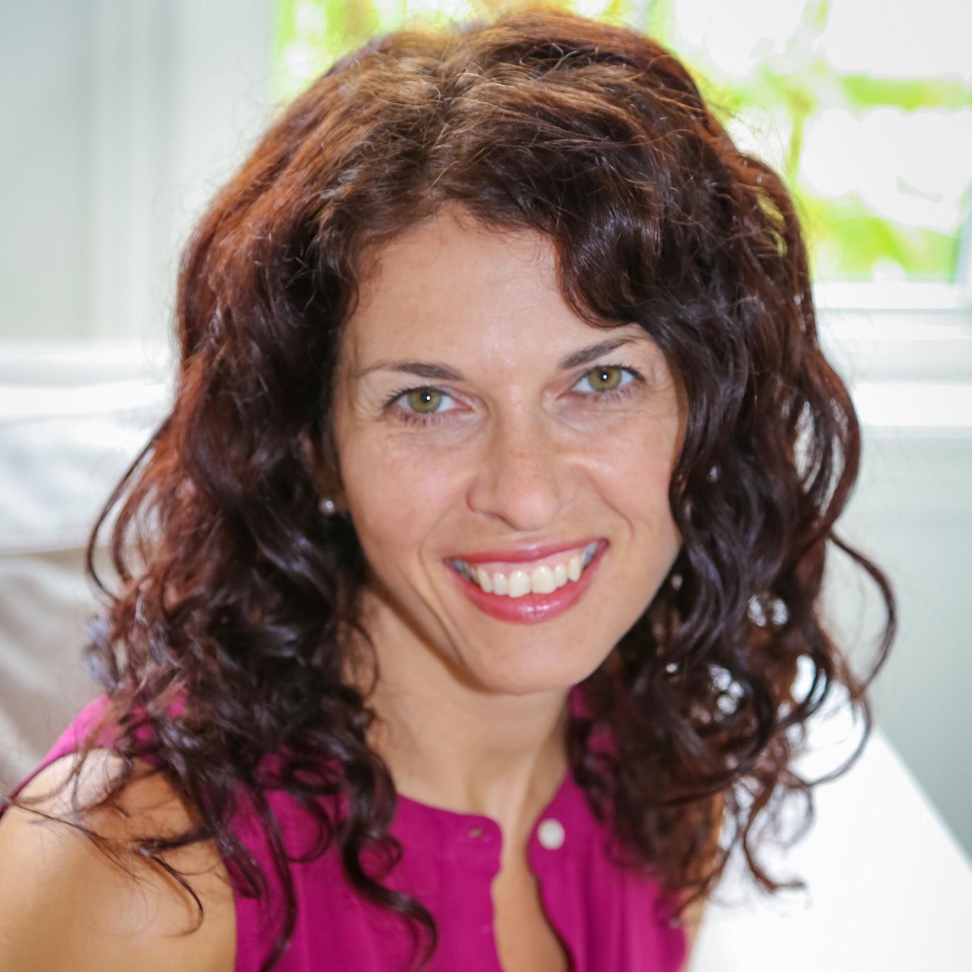 Jennifer Casa-Todd Photo (2).jpg