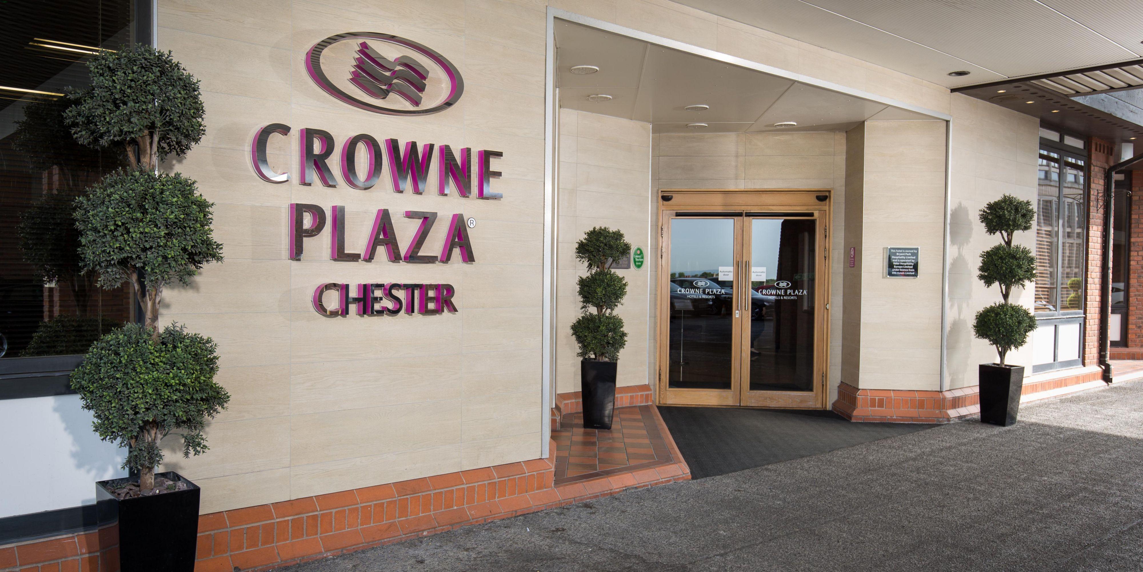 Crowne Plaza exterior