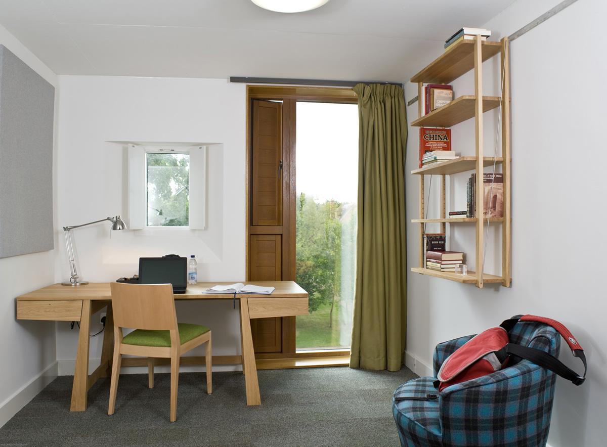 St-Hughs-Room