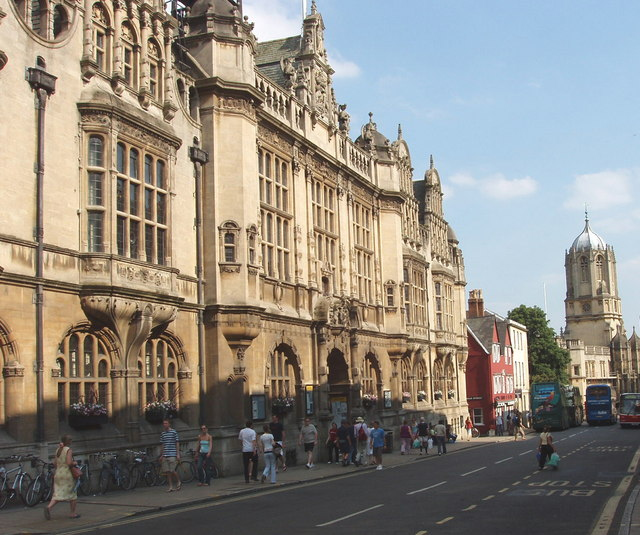 Oxford_Town_Hall_-_geograph.org.uk_-_187974