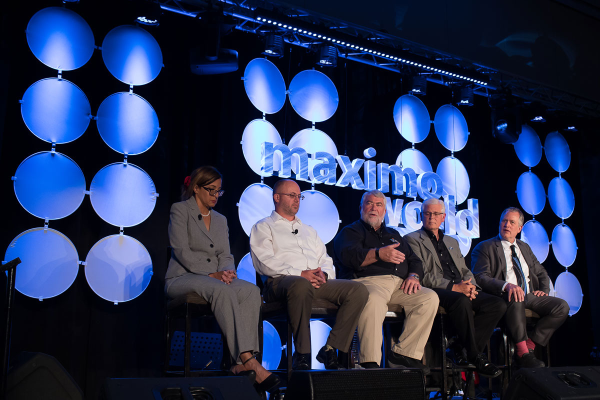 Panel at MaximoWorld
