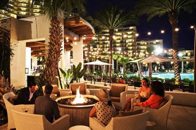 Marriott Night Pool 400x266