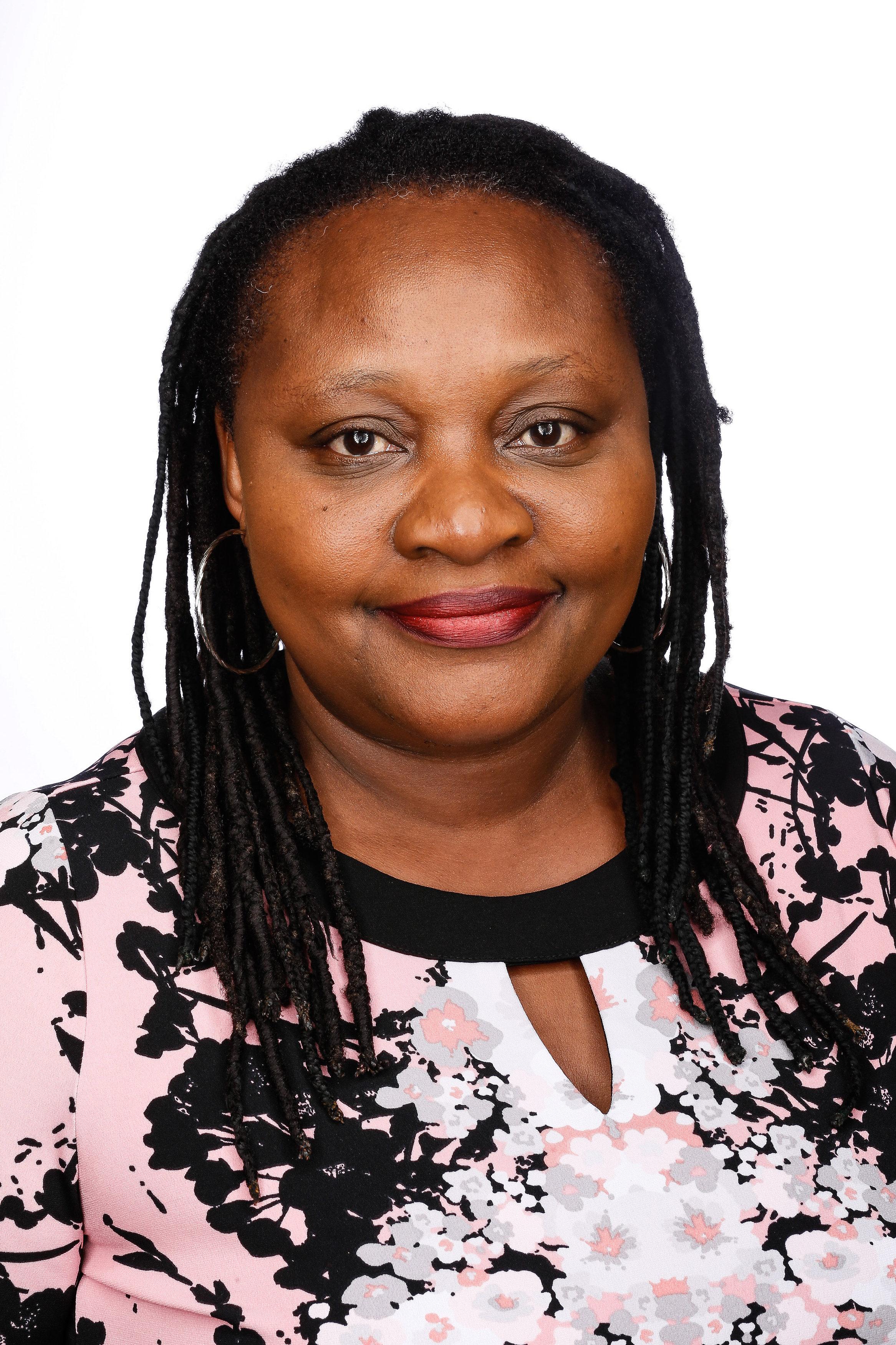 !Tendai Ndoro headshot.jpg