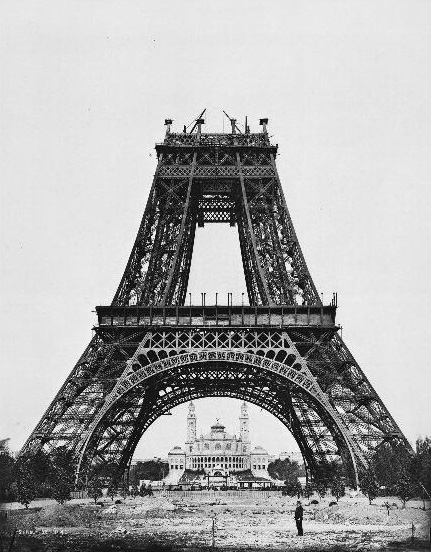 EiffelTower construction