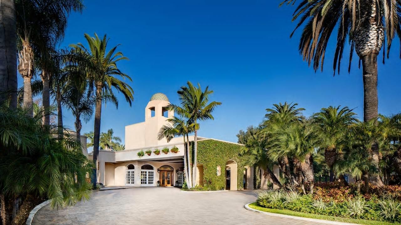 Hyatt-Regency-Newport-Beach-P173-Front-Drive.16x9