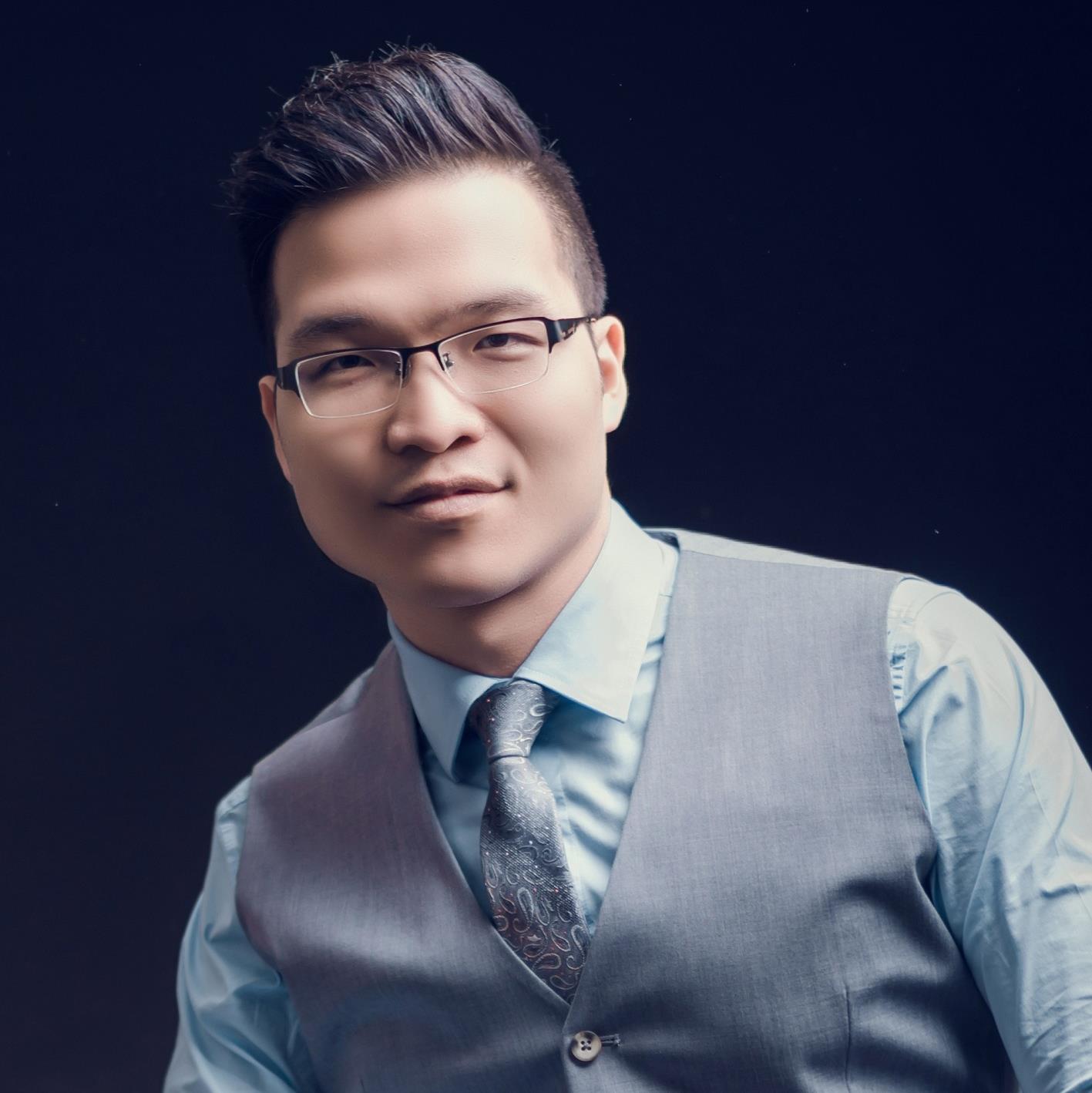 Long Nguyen.jpg
