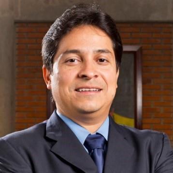 Roger Guevara.jpg