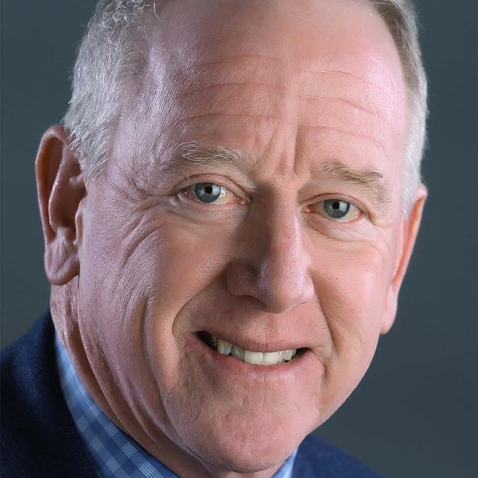 Manning Archie - Headshot.jpg