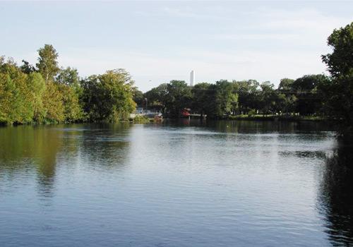 Landa Park Lake