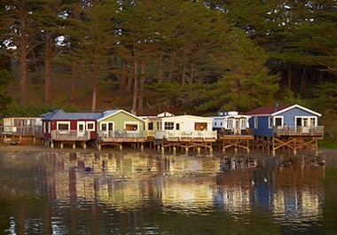 Nick's Cove Waterfront Cottages