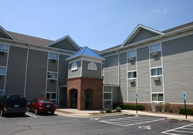 InTown Suites Downers Grove