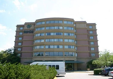 Doubletree Suites by Hilton Chicago Downers Grove