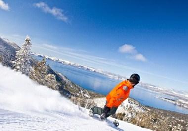 Snowboarding in North Lake Tahoe