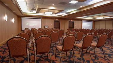 Holiday Inn Dubuque Breakout Room