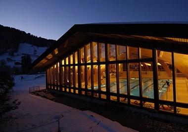 Gstaad Hallenbad Sportzentrum
