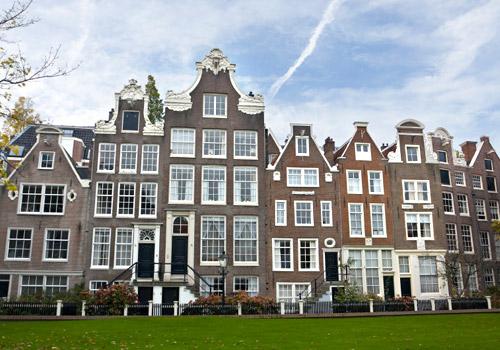 Begijnhof Amsterdam Courtyard
