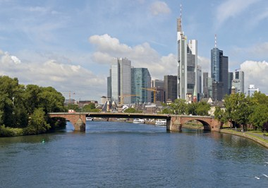 Skyline and Mainufer