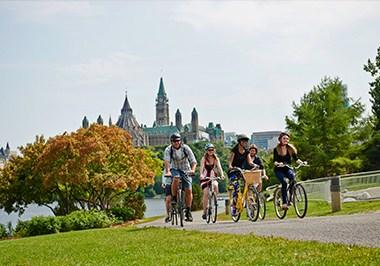 Ottawa Cycling and Parliament