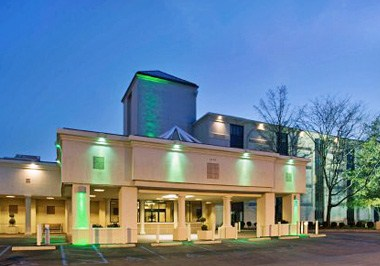 Holiday Inn Select Executive Center-Columbia Mall