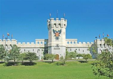 Medieval Times Schaumburg Castle