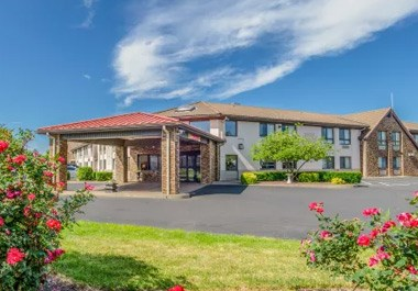 Comfort Inn & Suites - West Springfield