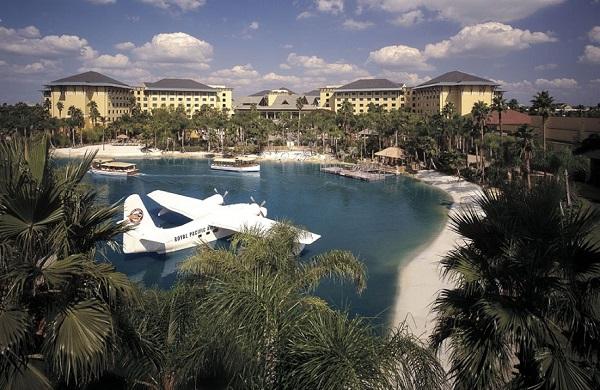Loews Royal Pacific Resort Lagoon 2