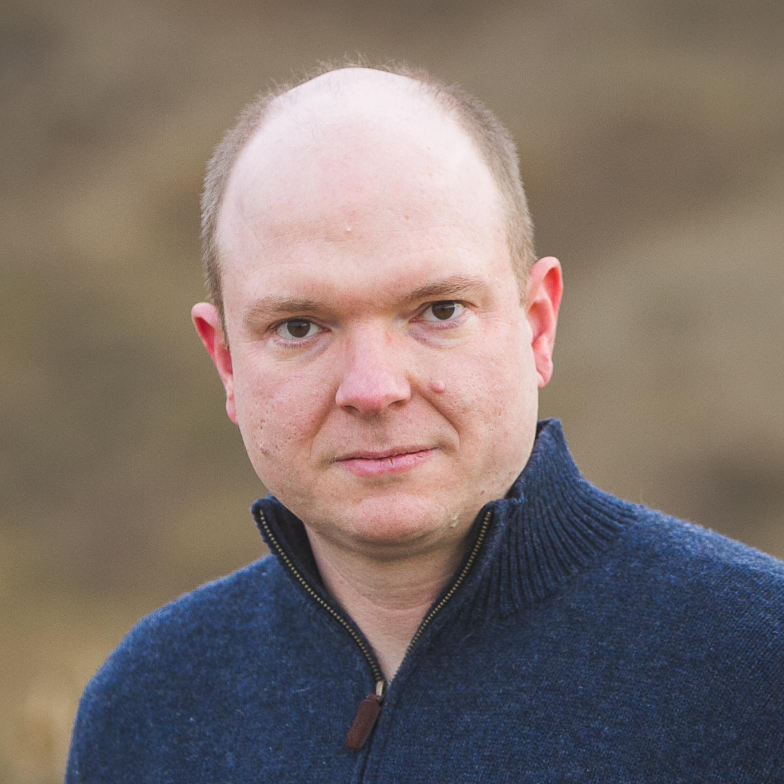 Torsten Volk Portrait.jpg