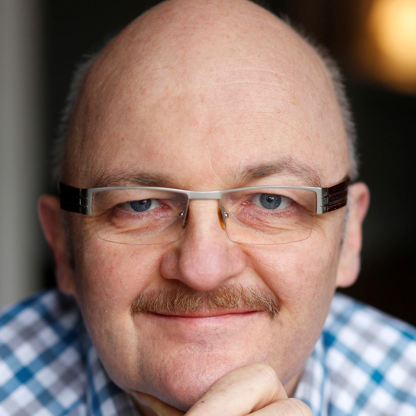 Gerrit Jessen Portrait casual.jpg