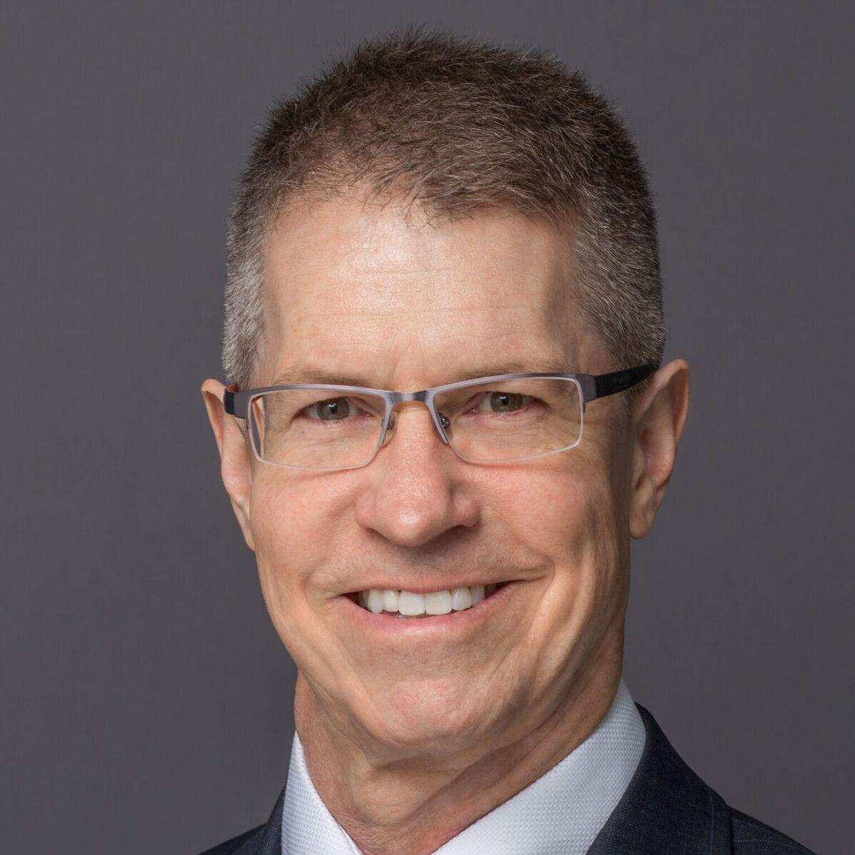 GrantSnider-MeetingEscrow-Headshot.jpg