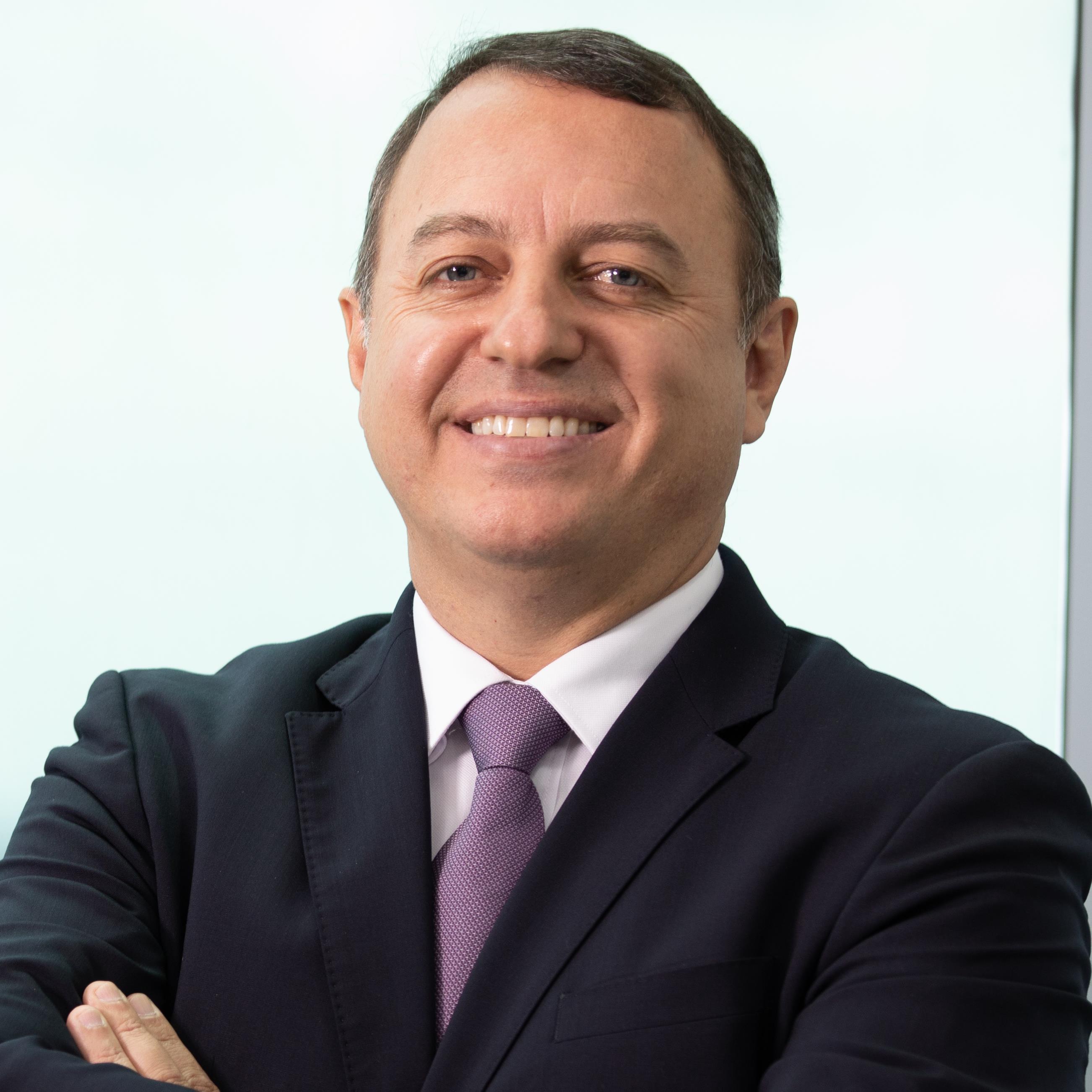 Felipe Oliveira.jpg