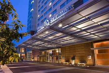 Hilton Baltimore Exterior Entrance