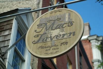 Mac's_Tavern_Philly