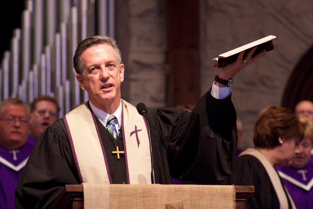 Pastor-Joe-Phelps-in-Service.jpg