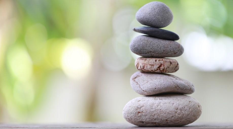 balance_stones3