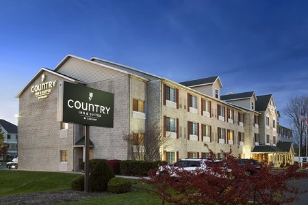 Country Inn and Suites Columbus Airport