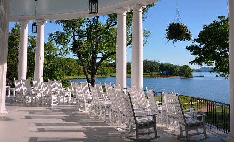veranda-at-the-otesaga-resort-hotel